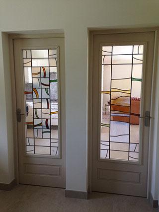 vitraux dans des portes